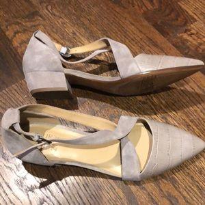 Naturalizer Gray block heels
